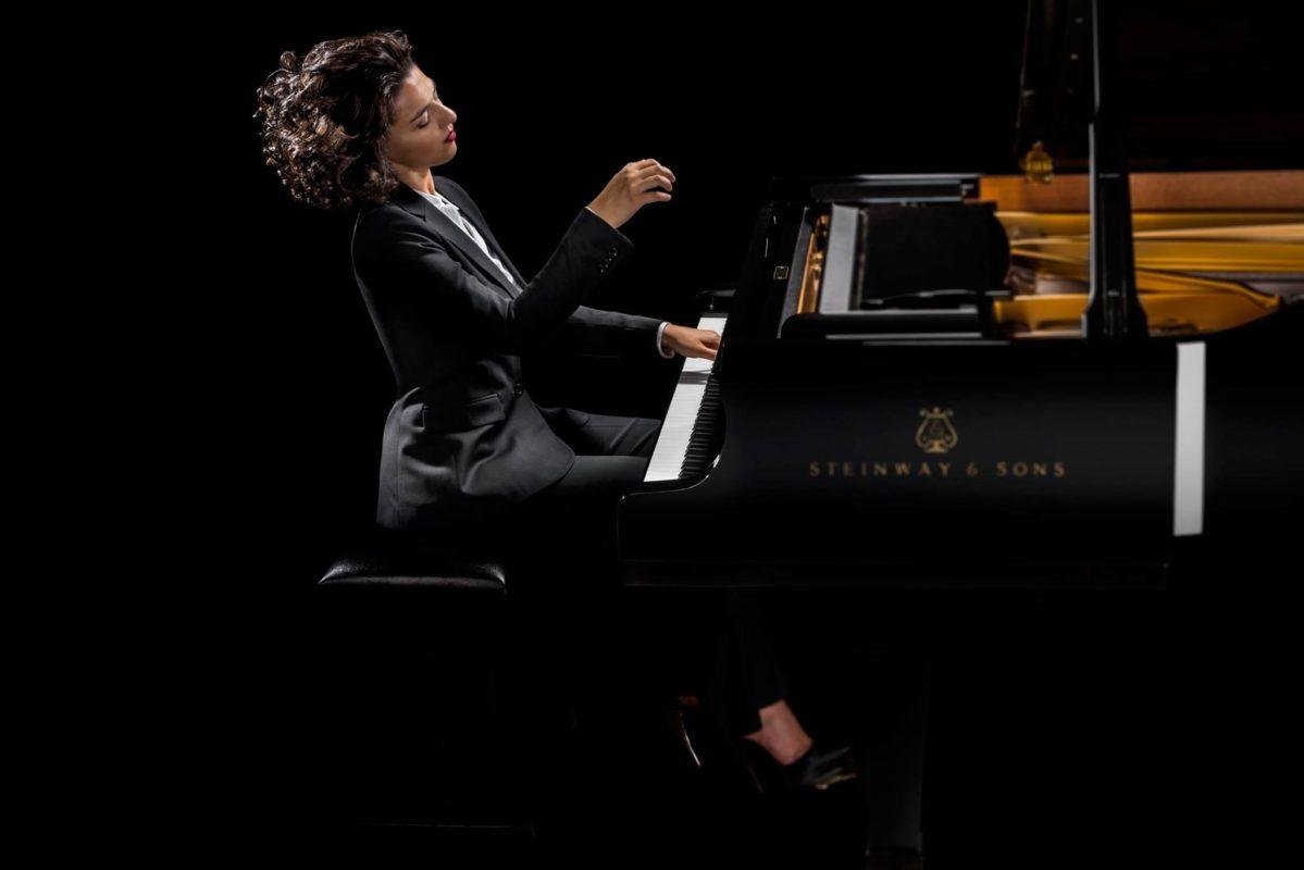 Khatia Buniatishvili 3 (c)Gavin Evans – Sony Classical