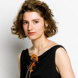 Portrait-Anna-Göckel-copyightsJFMariotti